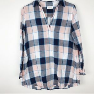 Lou & Grey   Collared Plaid Flannel With Pockets